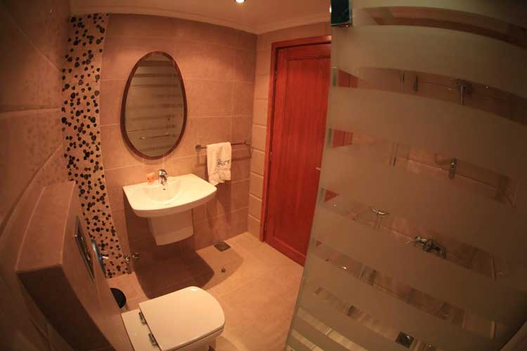 Sawary Resort and Hotel Bathroom